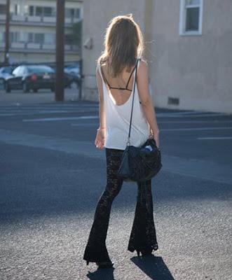 blonde-panties2.jpg