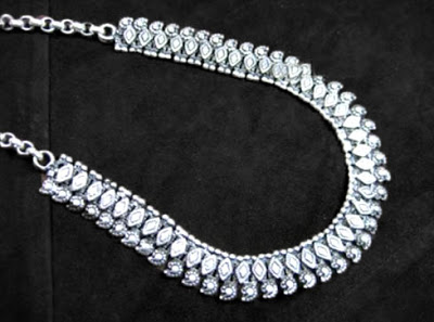 statement-necklace.jpg