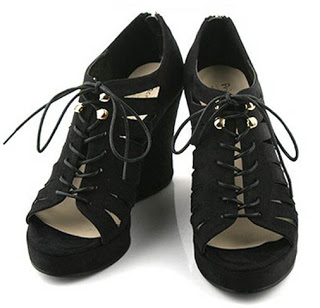 black-wedges-Ebay.jpg