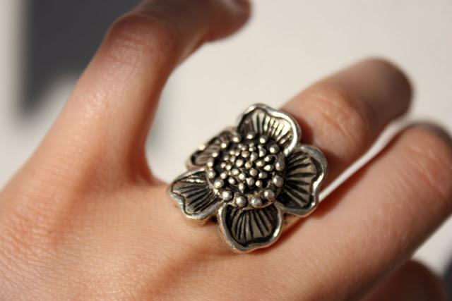 blomster-ring.jpg