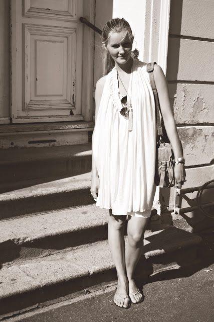 r%C3%BCtzou+kjole.jpg