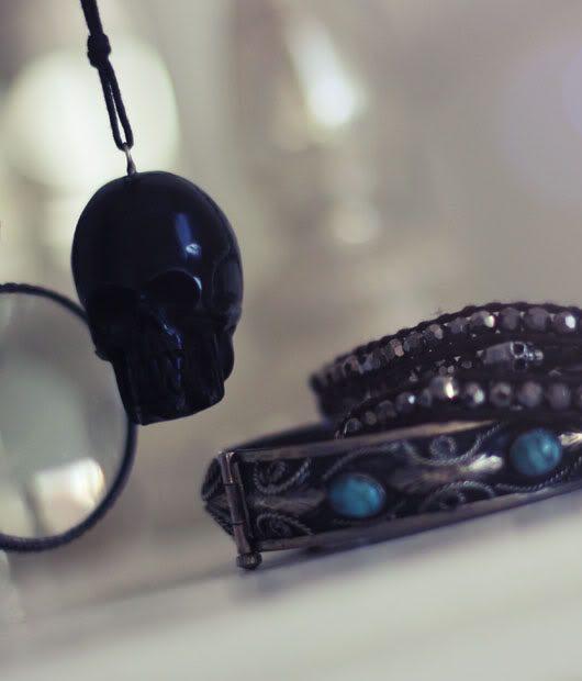 skullnecklace-1.jpg