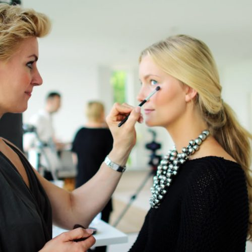 makeupartist-1.jpg