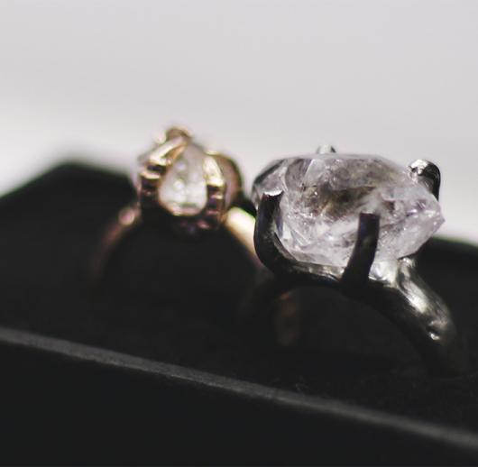 bjørg-crystal-ring-1.png