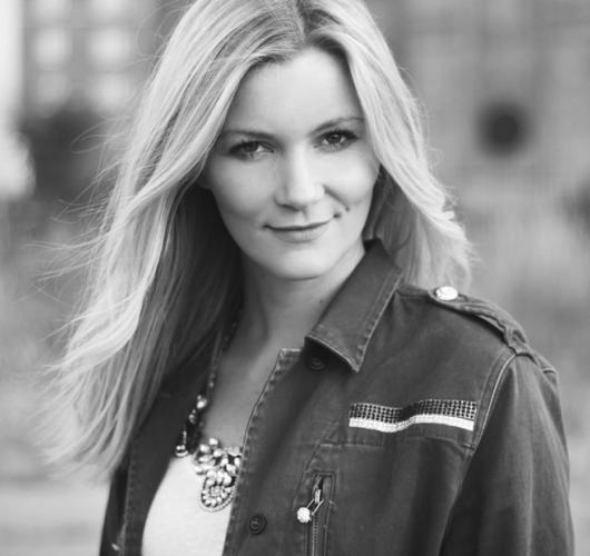 christina-dueholm-1.png