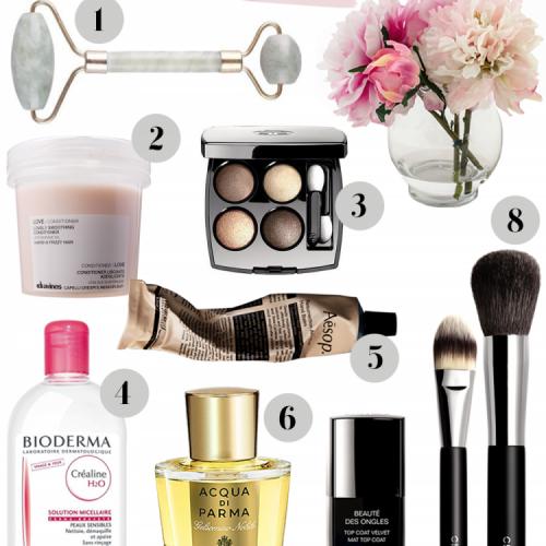 beauty-wishlist-beauty-makeup-mode-fashion-chanel-bioderma-acqua-di-parma-davines-facial-roller-jade-1-1.png