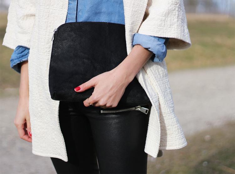 clutch pony pels modeblog outfit