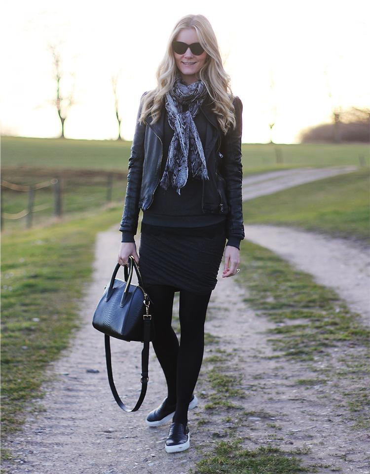 fwss modeblog fashion blog blogger style stylind designer fashion tøj nederdel slipons plimsolls