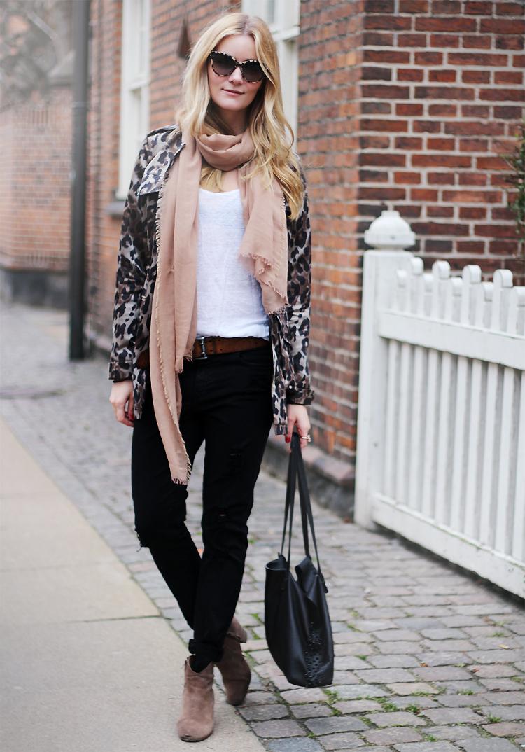 heartmade leopard jakke coat leo modeblog fashion blog ripped jeans denim witchery mode tøj styling streetstyle