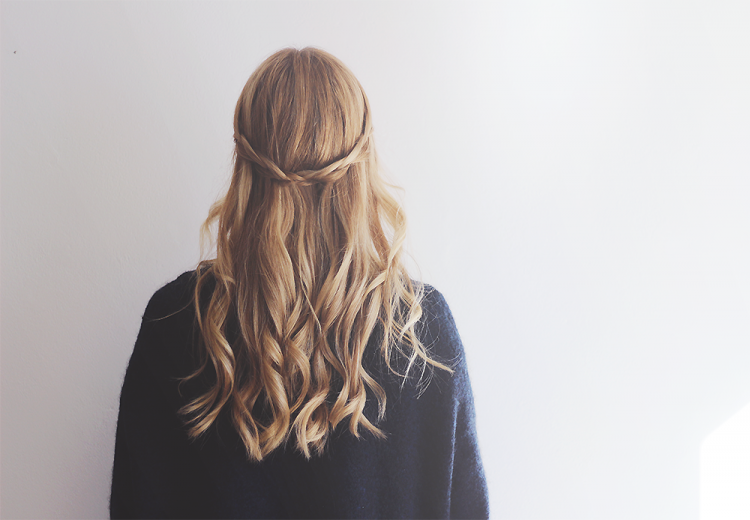 waterfall braid hår frisure fletning