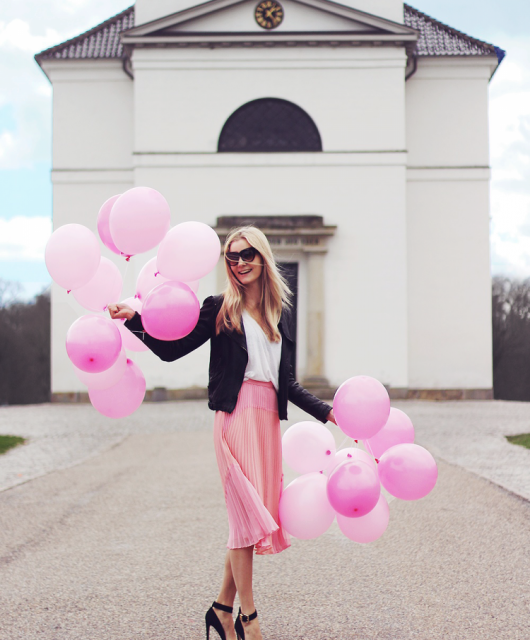 modeblog-fashion-blog-instagram-mode-styling-ballon-hørsholm-kirke-1.png