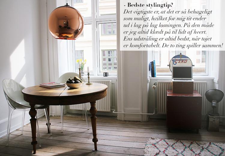 stue livingroom interiør indretning tom dixon kobberlampe charles eames stole træbord copy