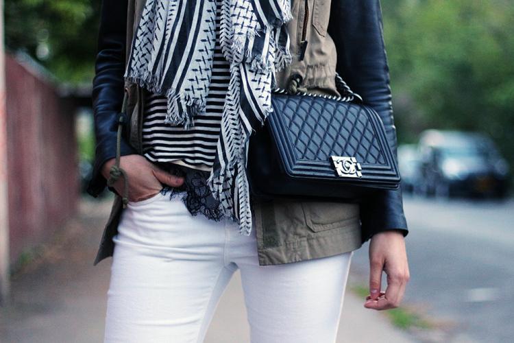 chanel chanelboy boybag lædertaske fashoin blog blogger mode outfit hvidebukser jeans