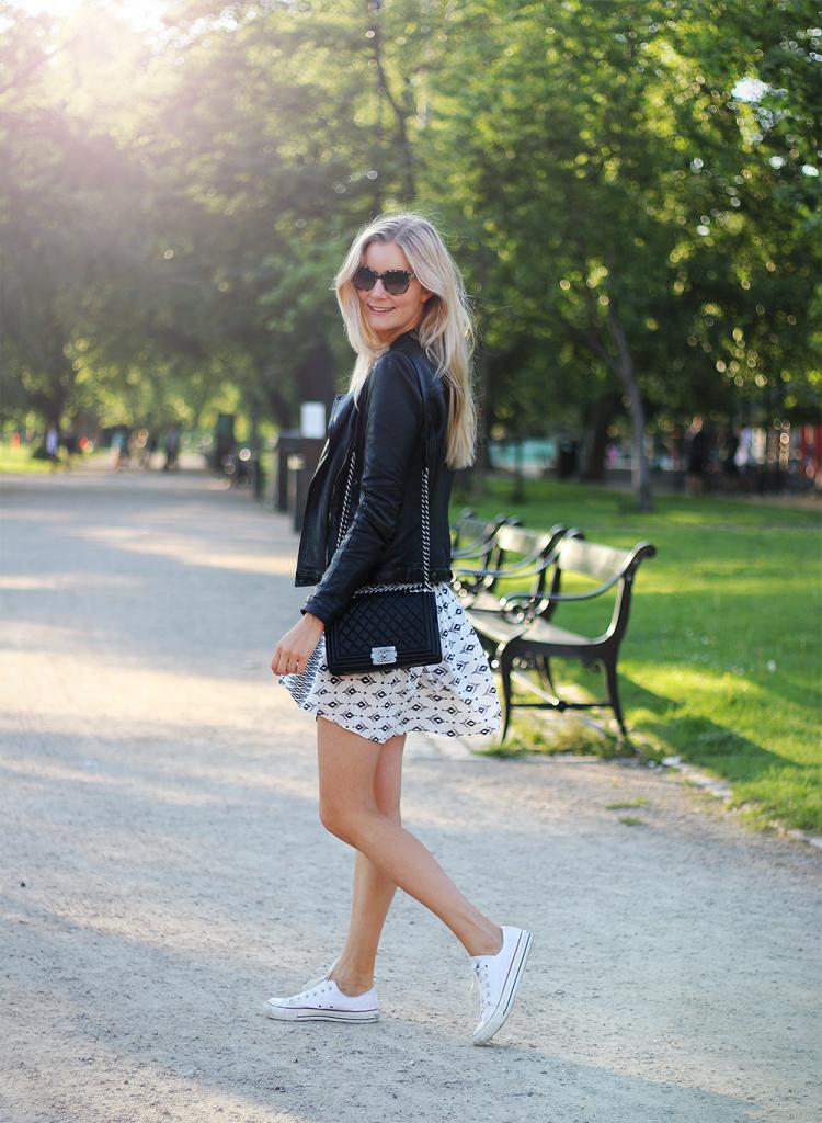 sommeroutfit sommertøj modeblog mode tøj nettet onlineshopping nederdel ootd