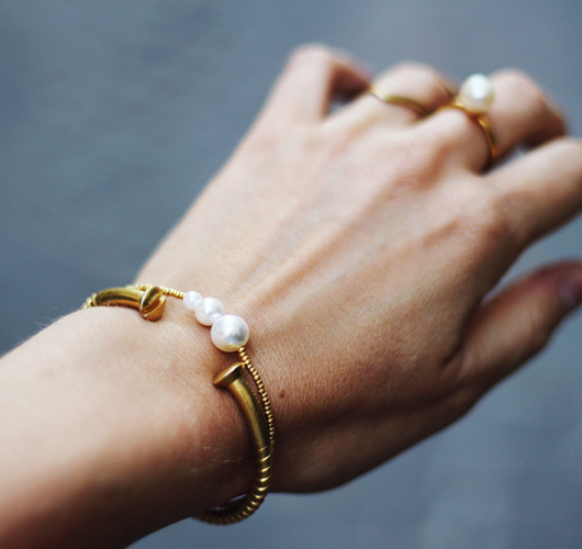 anilu-annilu-pearl-bracelet-perlearmbånd.png