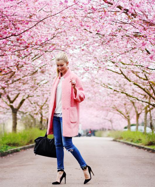 ganni-frakke-modeblog-fashion-blog-blogger-bispebjerg-kirkegård-jeans-stiletter-forår-danmark-dk-copenhagen-københavn1.png