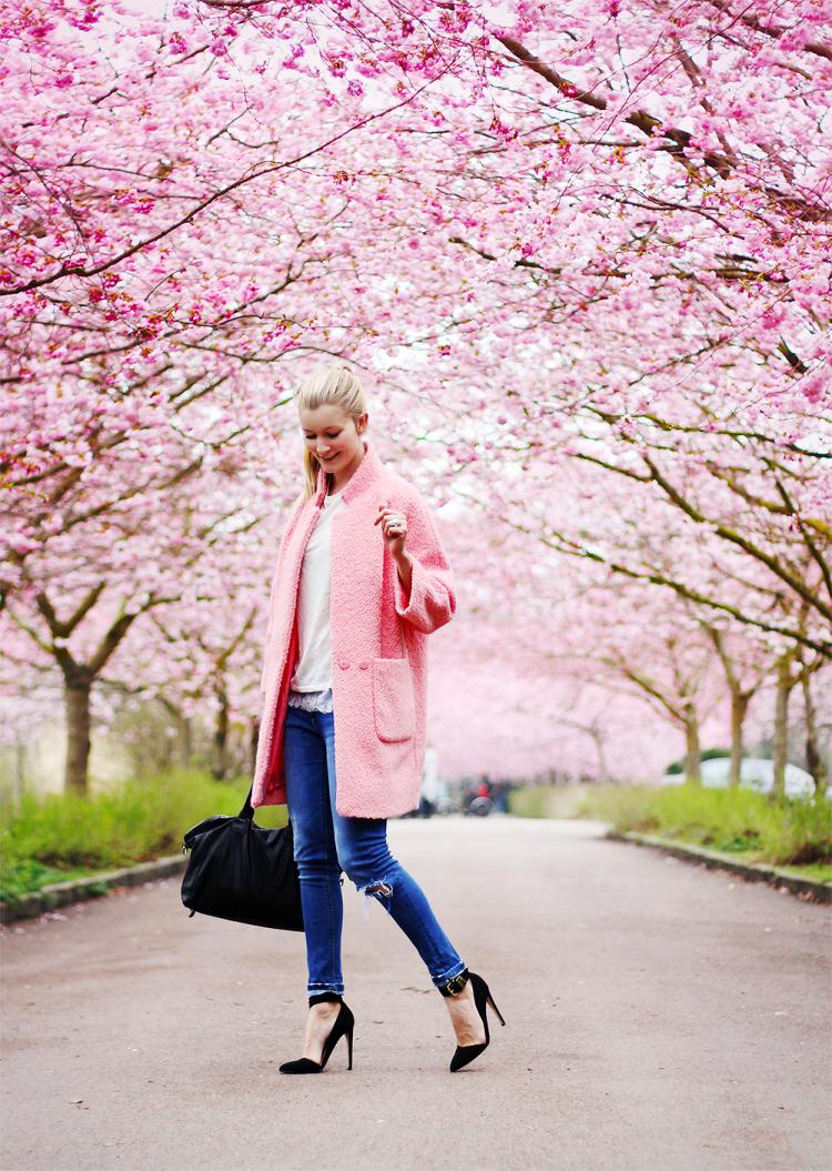 ganni-frakke-modeblog-fashion-blog-blogger-bispebjerg-kirkegård-jeans-stiletter-forår-danmark-dk-copenhagen-københavn1
