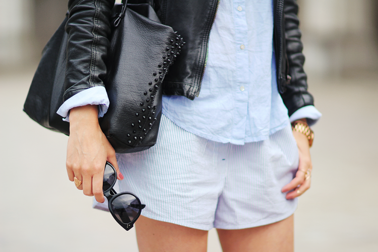 stribedeshorts, modeblog, fashionblog, ootd, streetstyle, lædertaske,
