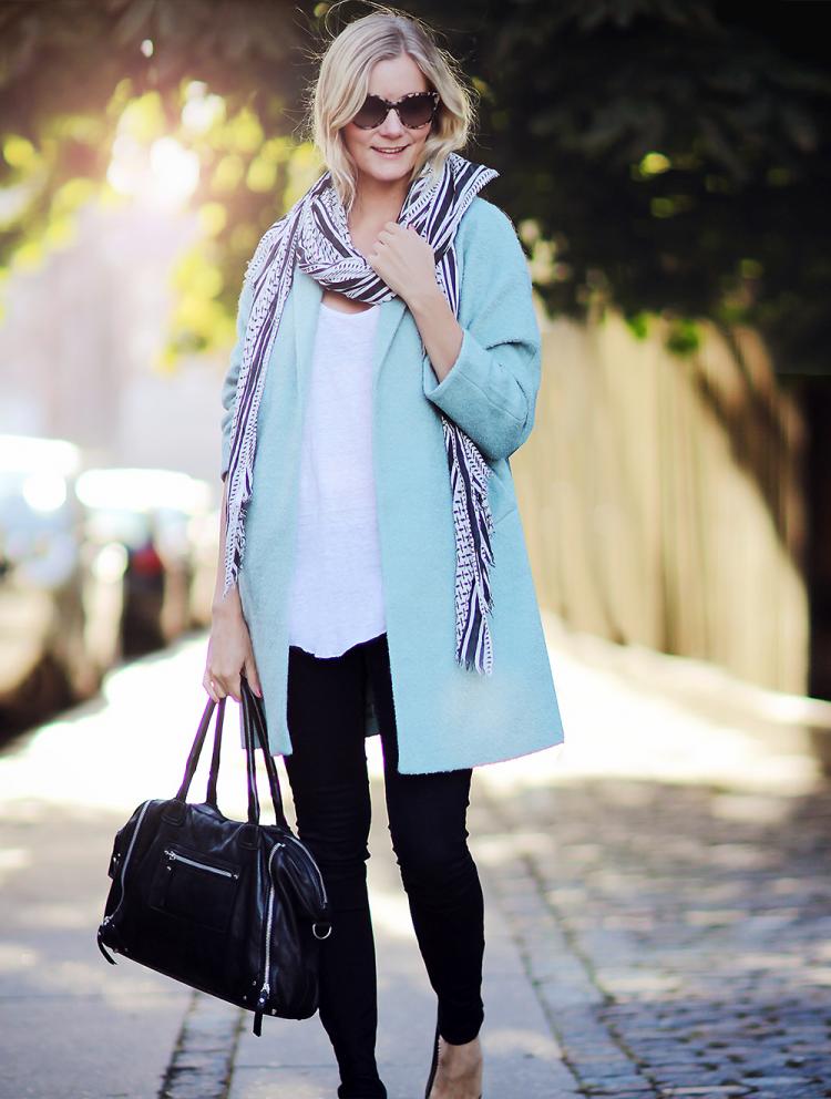 blå frakke