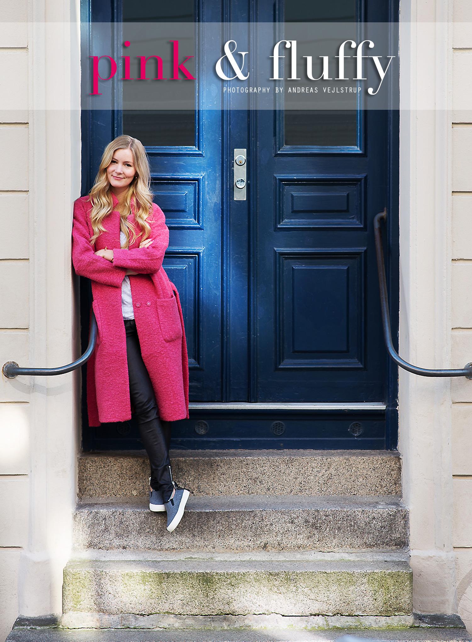 ganni-lyserød-frakke@2x