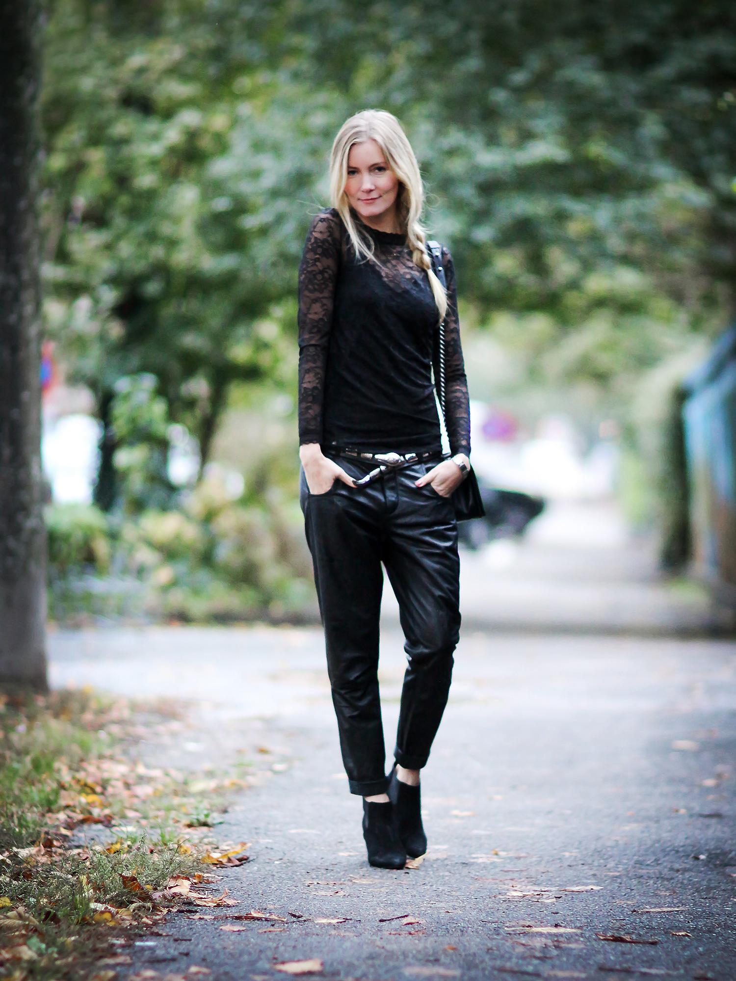 rosemunde-blondebluse@2x