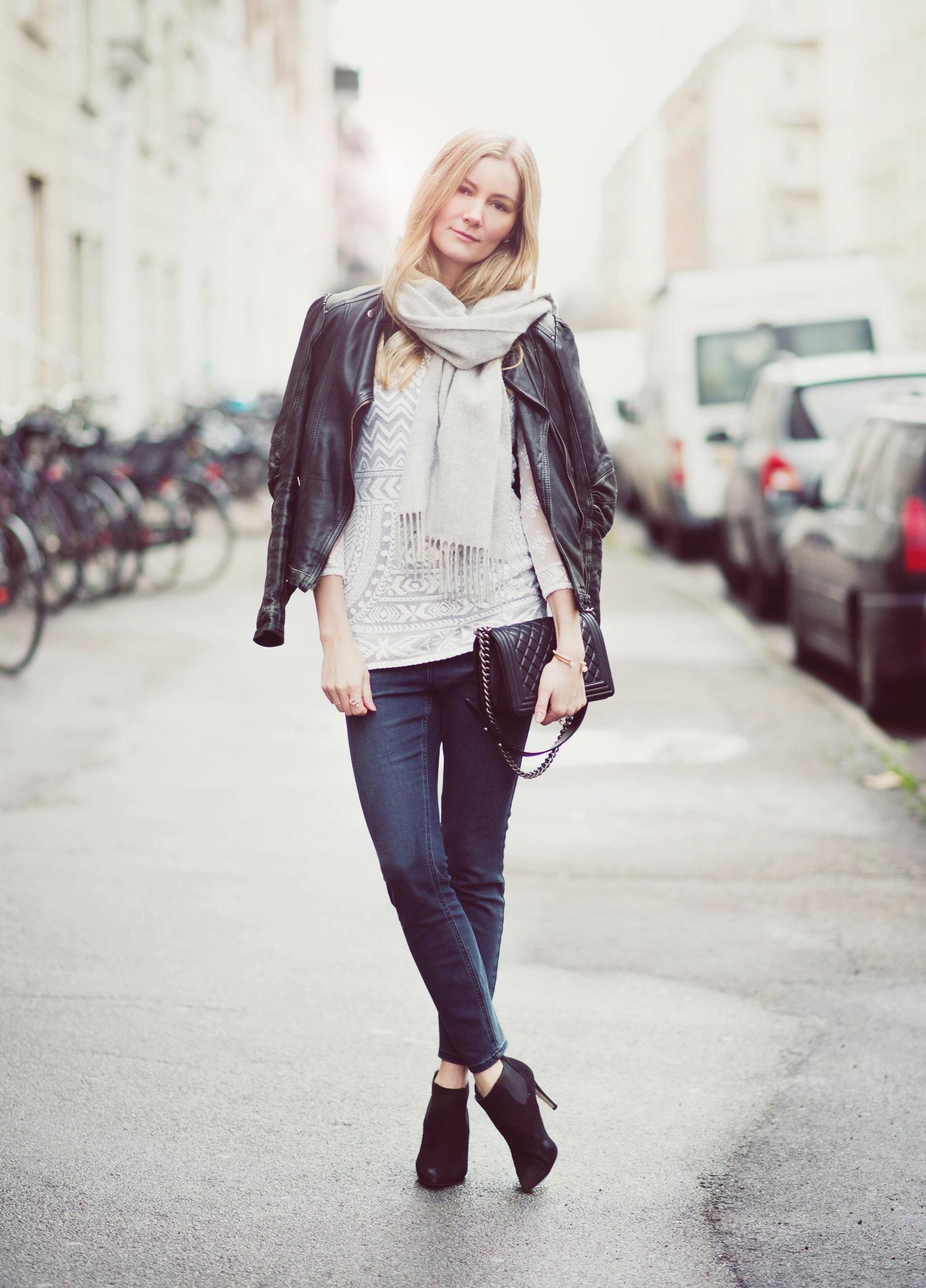 stramme-jeans@2x