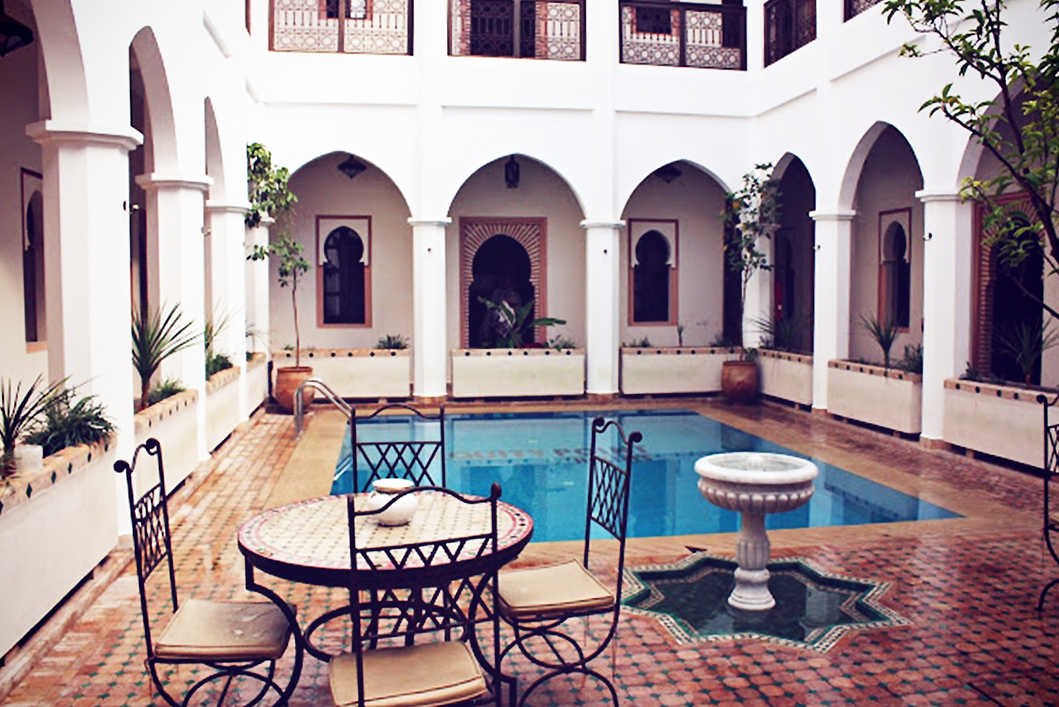 marrakech-cheap-hotel@2x