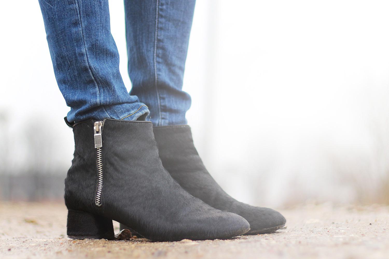 black-pony-boots@2x