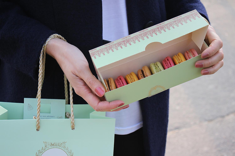laduree-paris-macarons@2x