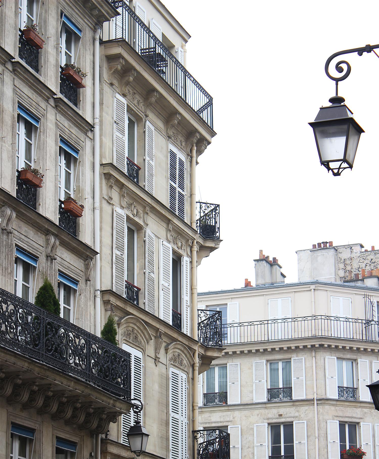 streets-of-Paris@2x