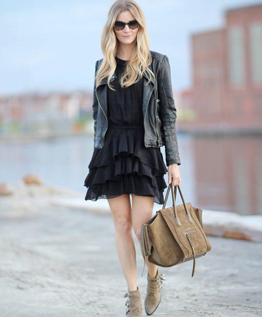 sort-silkekjole-ruffle-silk-dress@2x.jpg