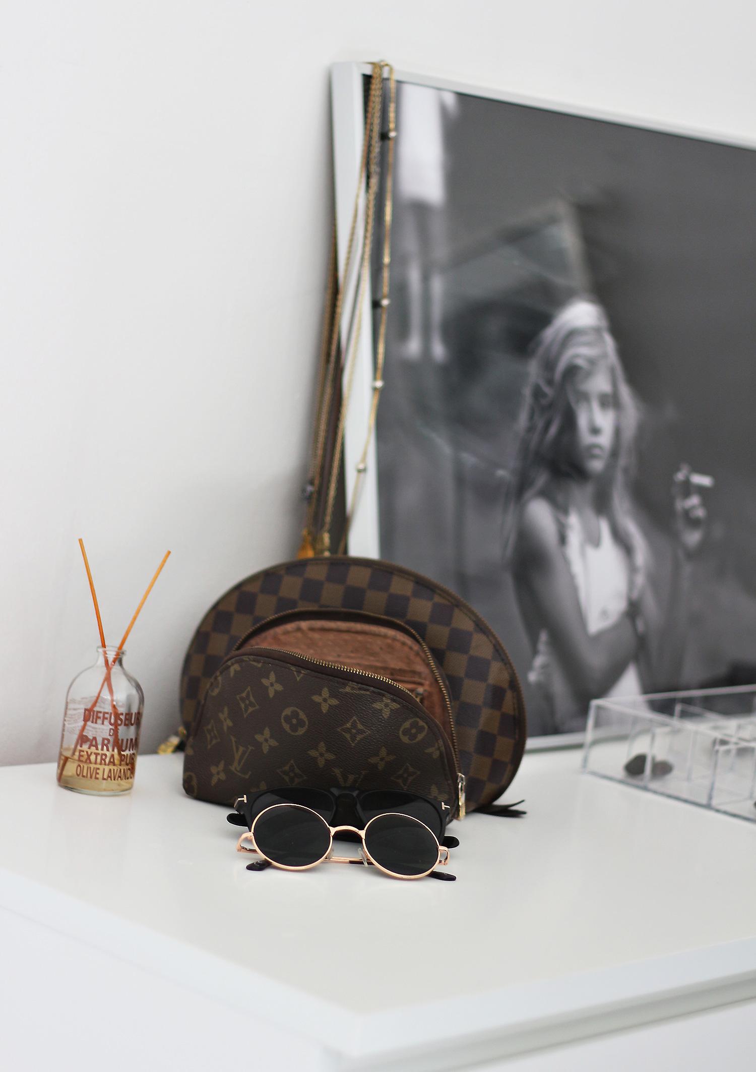Louis-Vuitton-pung@2x