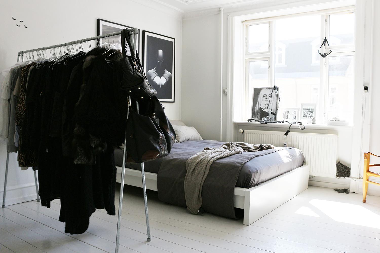 bedroom@2x