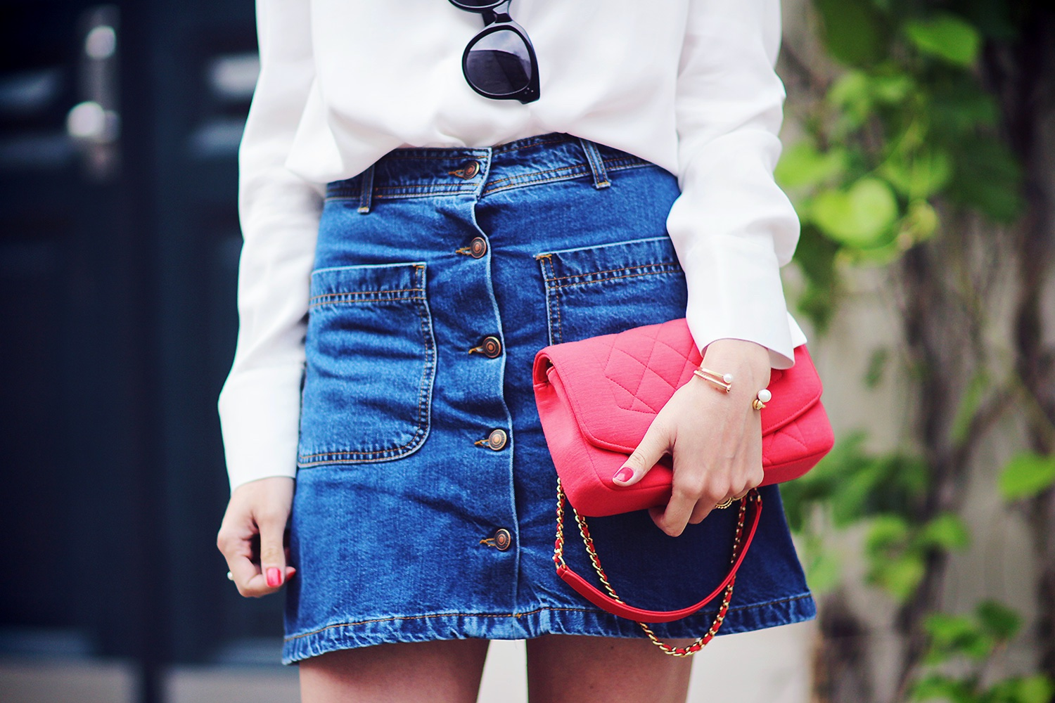 denim-skirt@2x