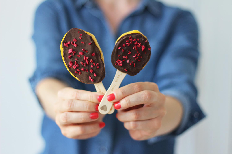 mango-chocolade-ispind-popsicle@2x