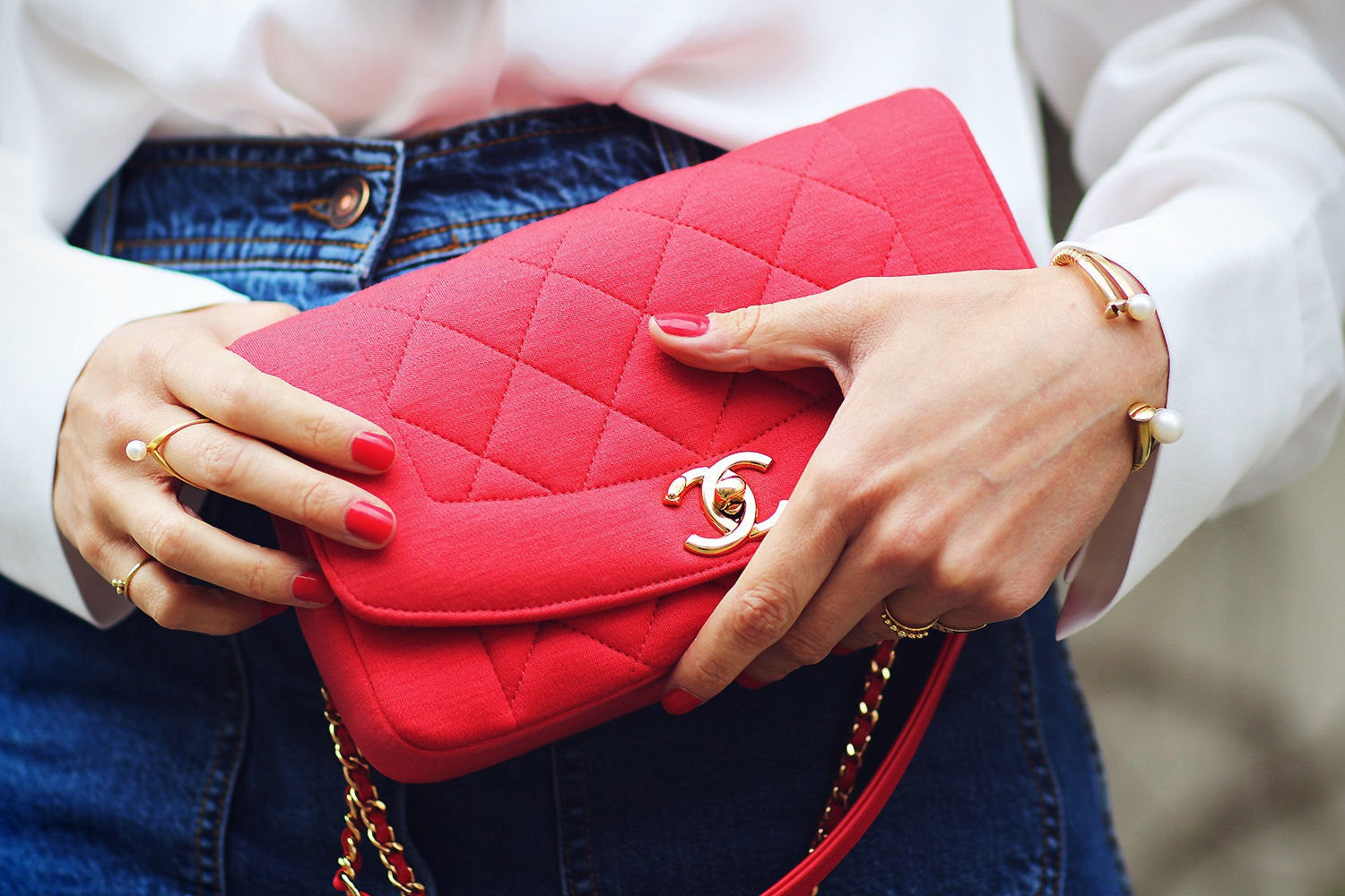 red-chanel-bag-@2x