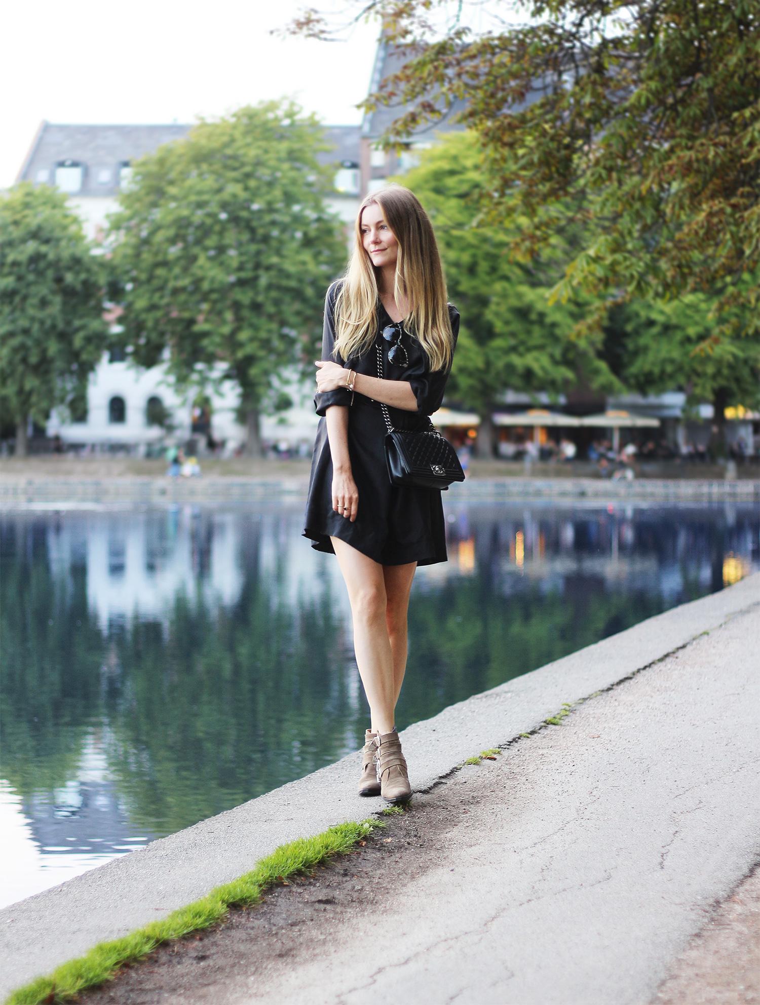 black-dress@2x