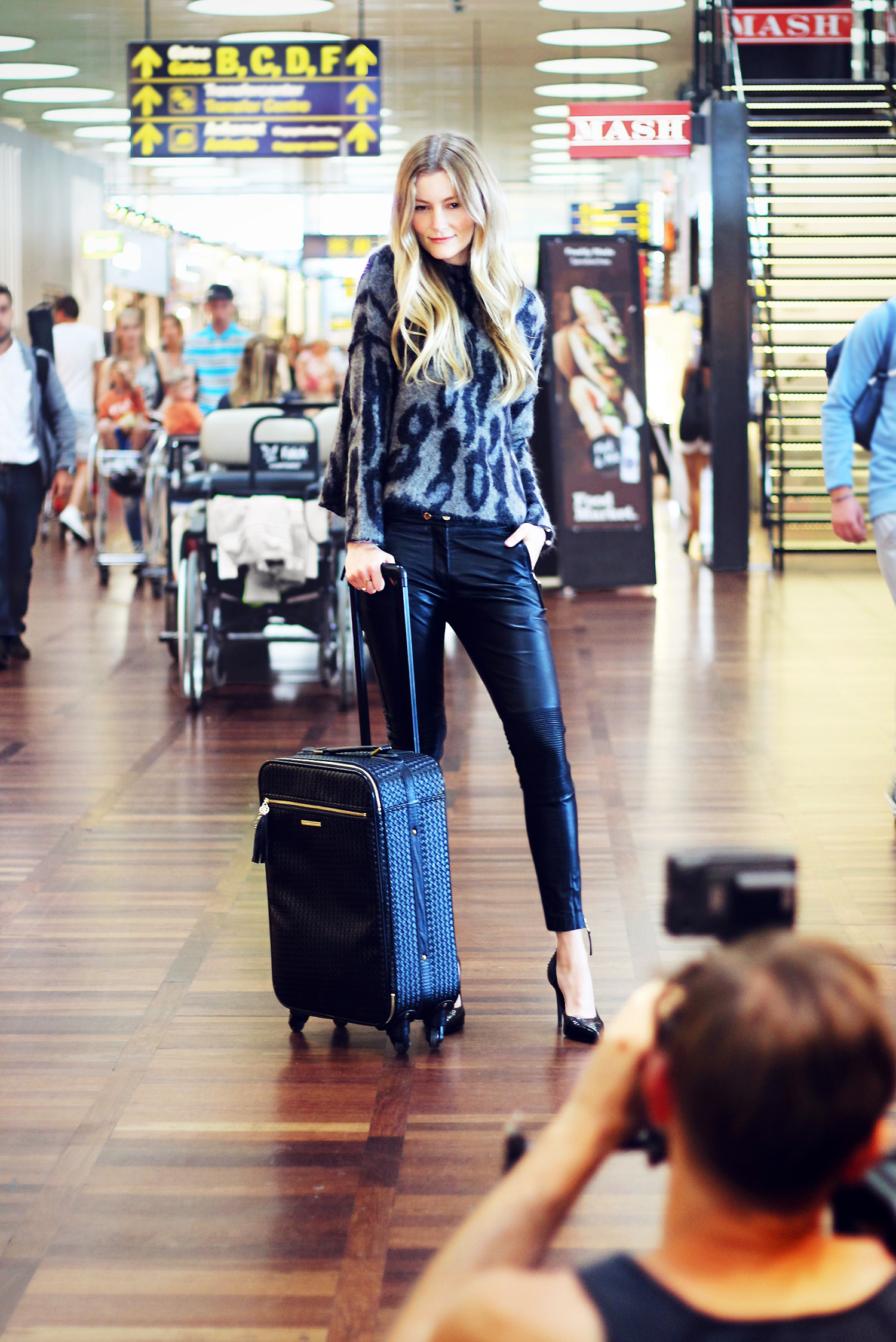 travel-style-outfit@2x