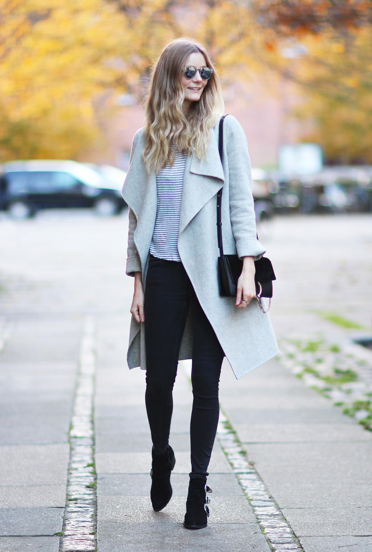 grå-frakke