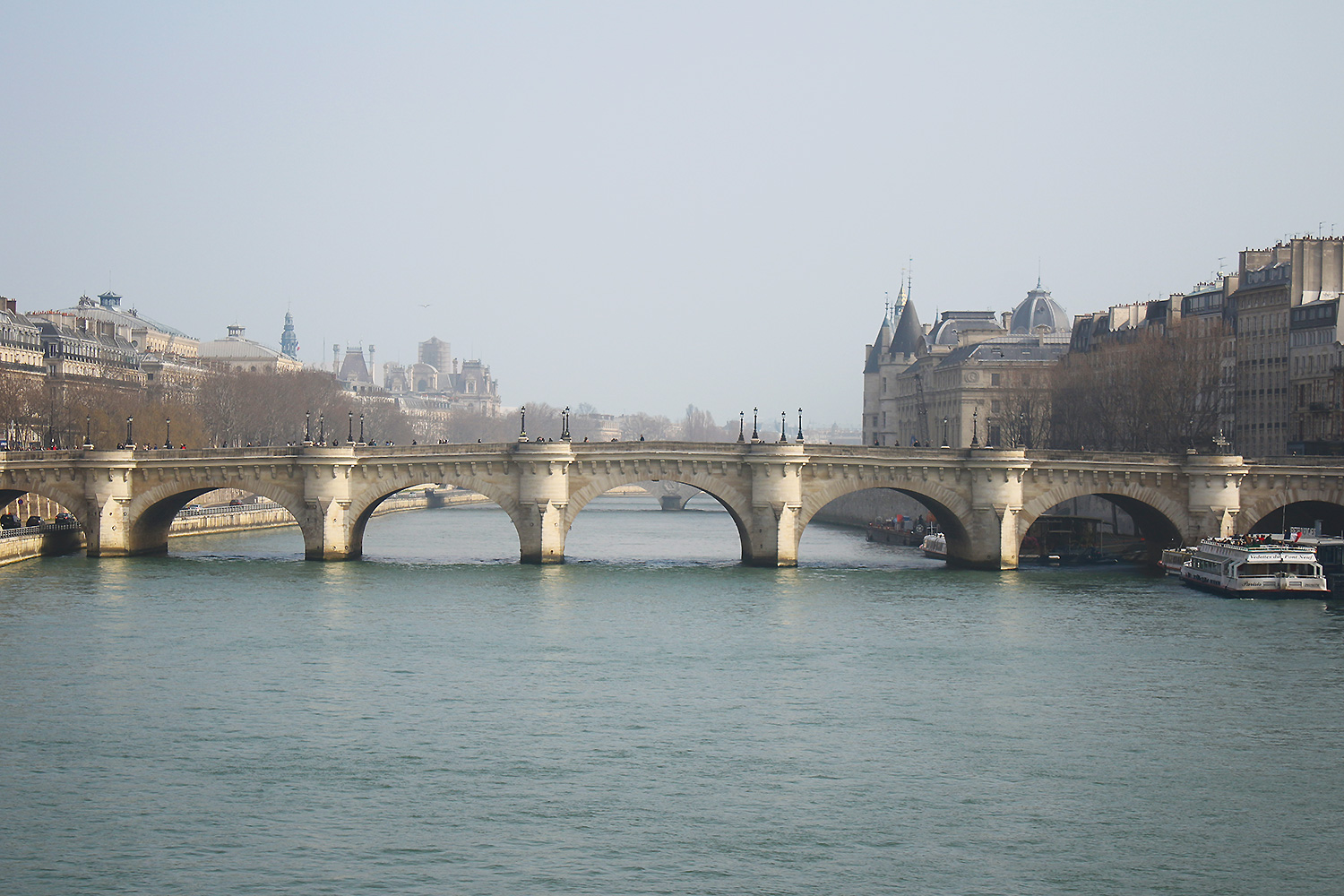 paris-bridge@2x