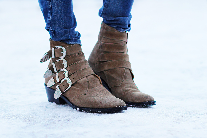 toga-pulla-boots