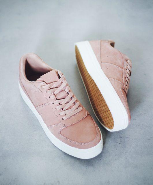 sneakers3.jpg