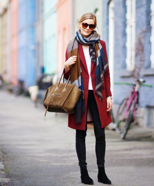 rød-frakke-kopi.jpg