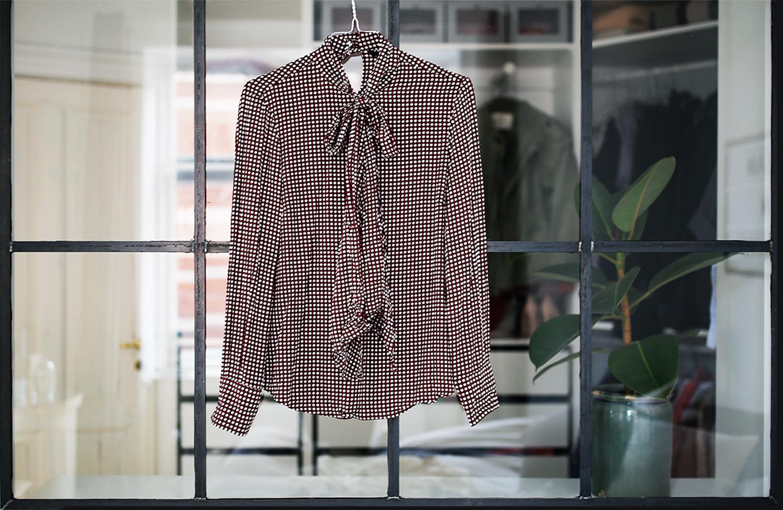 Skjorte-med-bindebånd