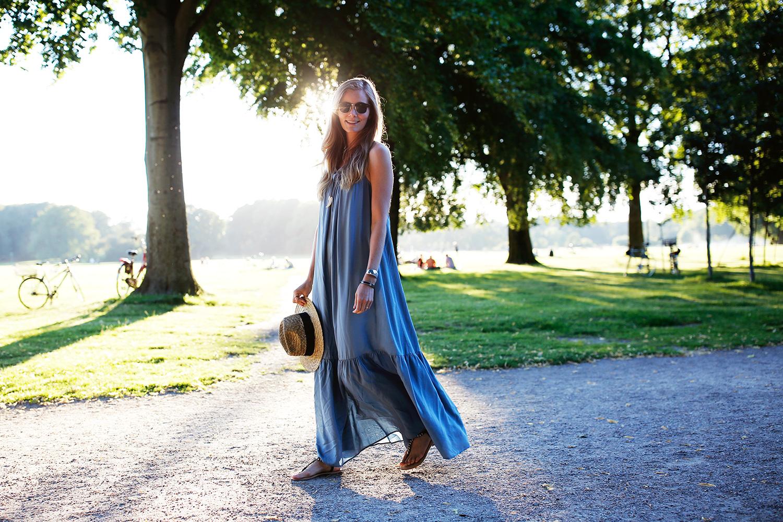 blå-maxi-kjole