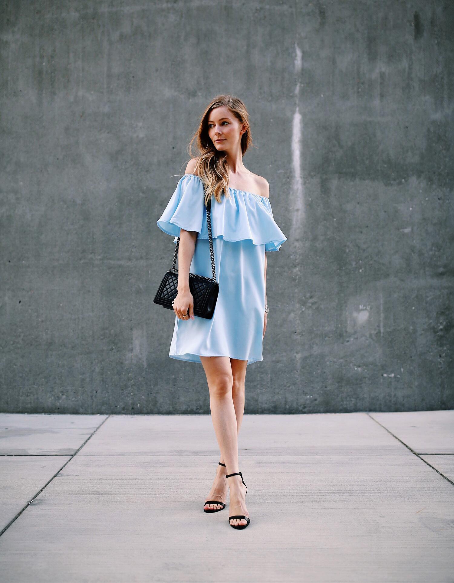 offshoulder-kjole