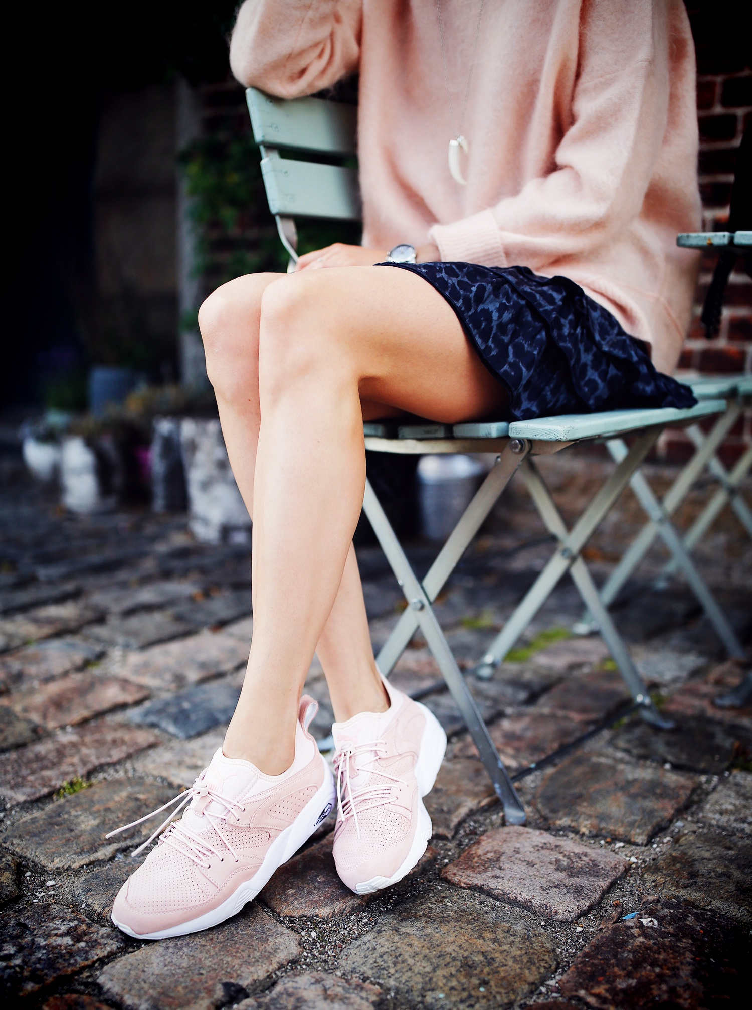 puma-sneakers-pink