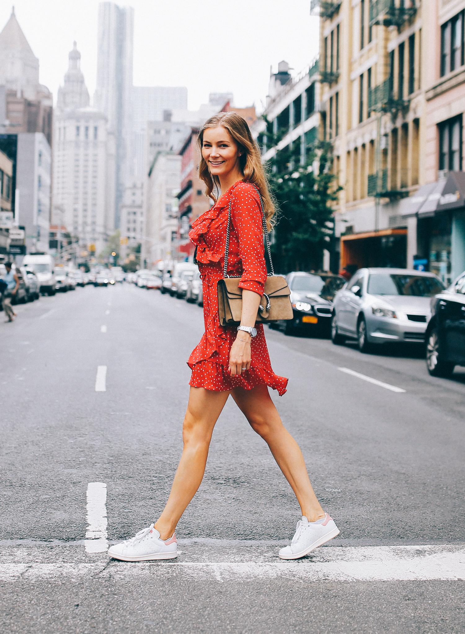 rød-kjole-realisationpar