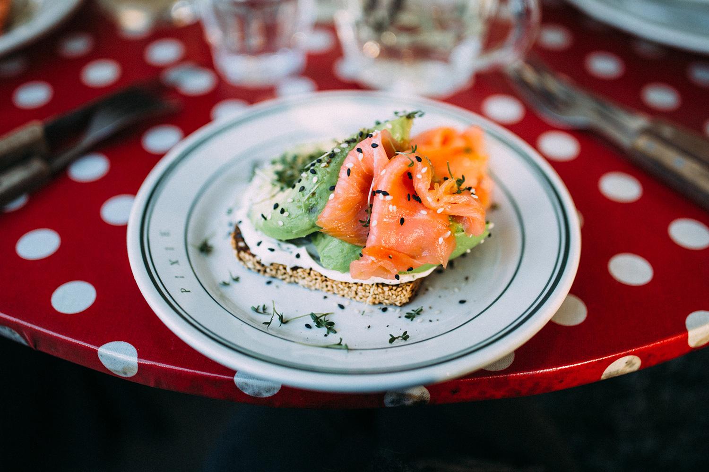 laks-og-avocado