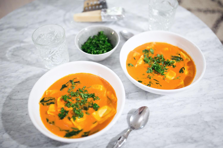 tomatsuppe-opskrift